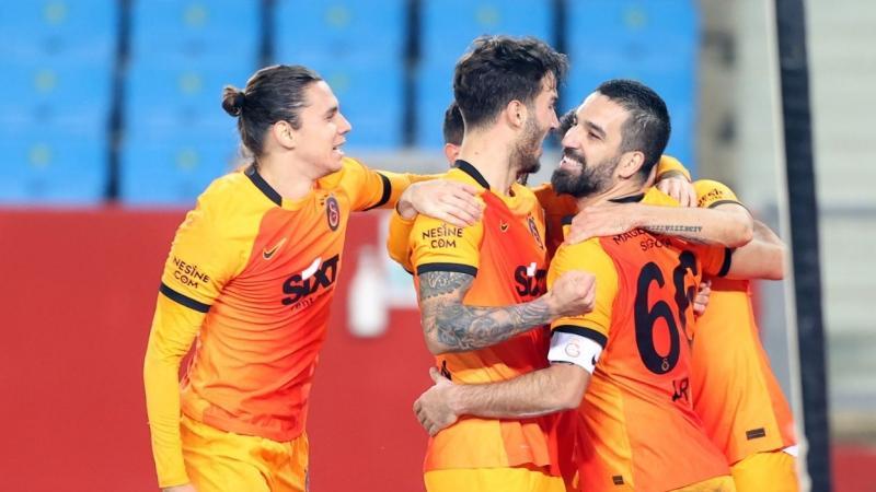 Galatasaray%E2%80%99dan+Be%C5%9Fikta%C5%9F%E2%80%99a+transfer+%C3%A7al%C4%B1m%C4%B1