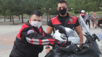 Kars Emniyet Müdürlüğü, down sendromlu Muhammet'in polislik hayalini gerçekleştirdi