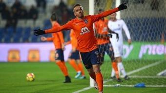 Başakşehir Futbol Kulübü yıldızı Edin Visca Fenerbahçe'nin futbolcusu olma yolunda