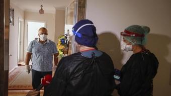 Hasta koronavirüs kaptığını öğrenmeden filyasyon ekibi devreye giriyor