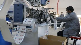 Doğu Anadolu'da çaylar engellilerin ürettiği karton bardaklardan içilecek