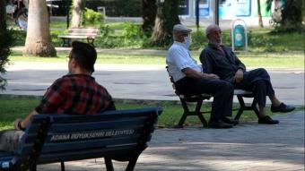 Adana'da kavurucu sıcaklar geri geldi termometreler 45 dereceyi gösterdi