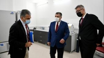 Sağlık Bakanı Koca, Dilmener Acil Durum Hastanesinde incelemelerde bulundu