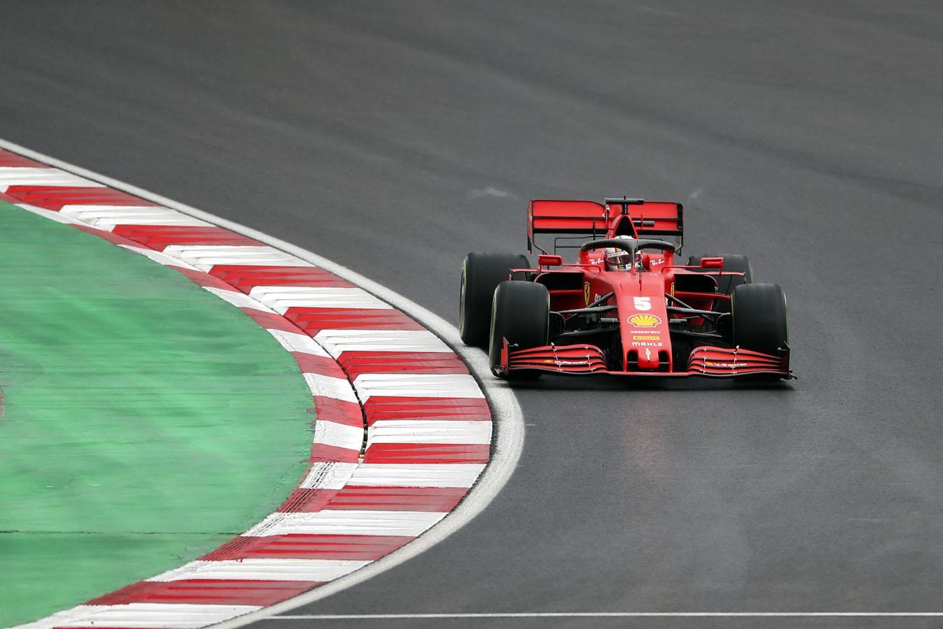 Formula 1 pilotları İstanbul Park'ta son antrenman turuna çıktı