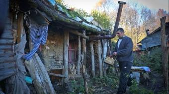 Uludağ'ın Robinson Crusoe'su 7 yıldır ormanda yaşıyor