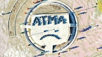 Iğdır'daki temizlik işçileri sokaklardan toplanan çöplerle ''ATMA'' yazdı