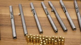 Denizli'de kalem görünümlü suikast silahı ele geçirildi
