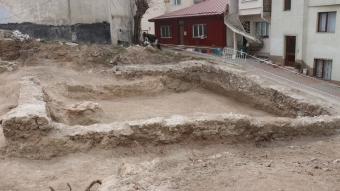 İnşaat kazısında tarihi eser kalıntıları bulundu
