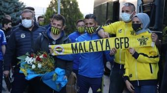 Fenerbahçe'ye Malatya'da sevgi seli