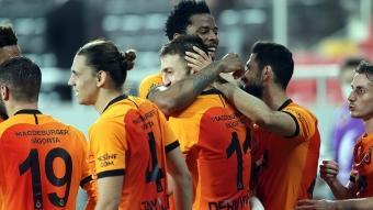 Galatasaray'da tam 12 futbolcunun sözleşmesi bugün bitiyor