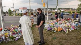 Kanada'daki saldırıda hayatını kaybeden aile için yürüyüş düzenlendi