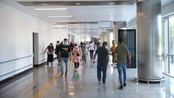 Mersin'de TURKOVAC Faz-3 çalışması kapsamında gönüllüler aşılanıyor