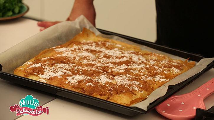 Bougatsa Tarifi: Bir Yunan Kahvaltısı