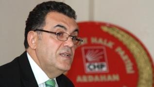 İşte belediyecilikte CHP zihniyeti! Canlı yayında muhtara hakaret etti!