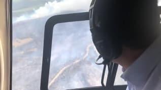 Bakan Pakdemirli Çanakkale'deki orman yangınını söndürme çalışmalarını havadan izledi