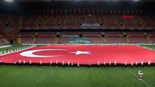 Dünyanın en büyük Türk bayrağı!
