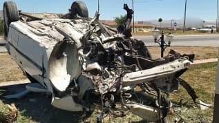 Çarpmanın şiddetiyle aracın motoru dışarı fırladı