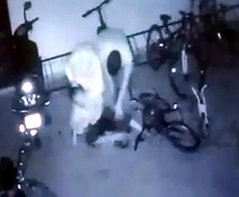 <p>Gaziantep'te Emine-Kemal K. çifti oğullarının bisikleti çarpışması yüzünden kavga ettiği Muhammed