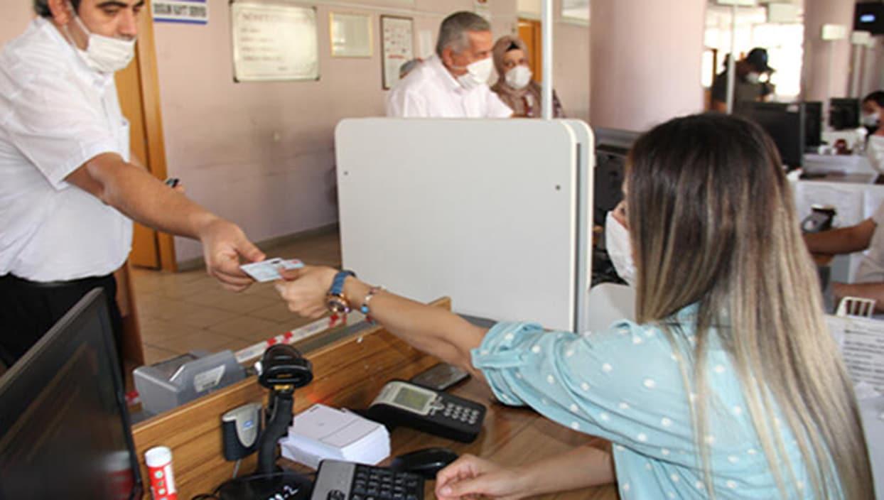 <p>Nüfus ve Vatandaşlık İşleri Genel Müdürlüğü tarafından düzenlenen yeni sürücü belgelerindeki bilg