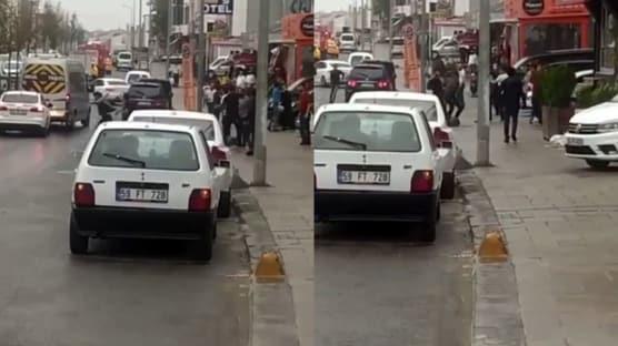Kimse müdahale edemedi: Arnavutköy'de iki grubun kavgası kamerada