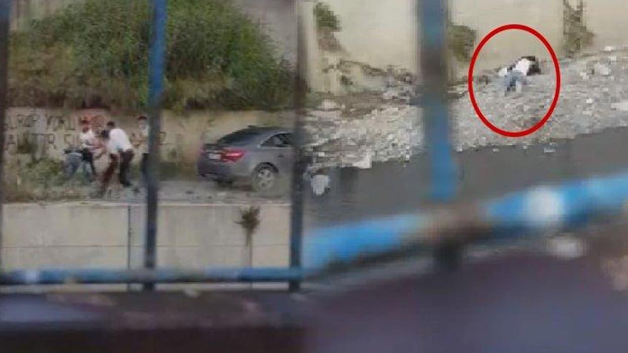<p>İstanbul'un Bahçelievler ilçesinde meydana gelen olayda, 4 kişi bir restoran sahibini araba alım-