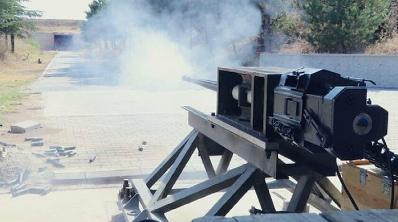 <p>Modern silah ve mühimmatlara yönelik üretimlerini Ar-Ge çalışmalarına paralel olarak yoğunlaştıra