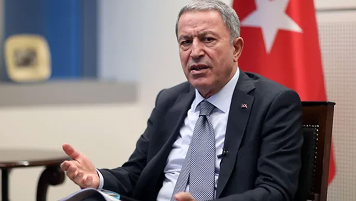 <p>Savunma Bakanı Hulusi Akar, Ermenistan'ın saldırılarını derhal durdurması gerektiğini belirterek,