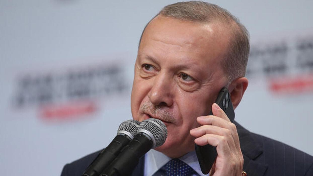 <p>Başkan Erdoğan, 19 Ekim Muhtarlar Günü dolayısıyla düzenlenen programa telefonla katıldı.</p>