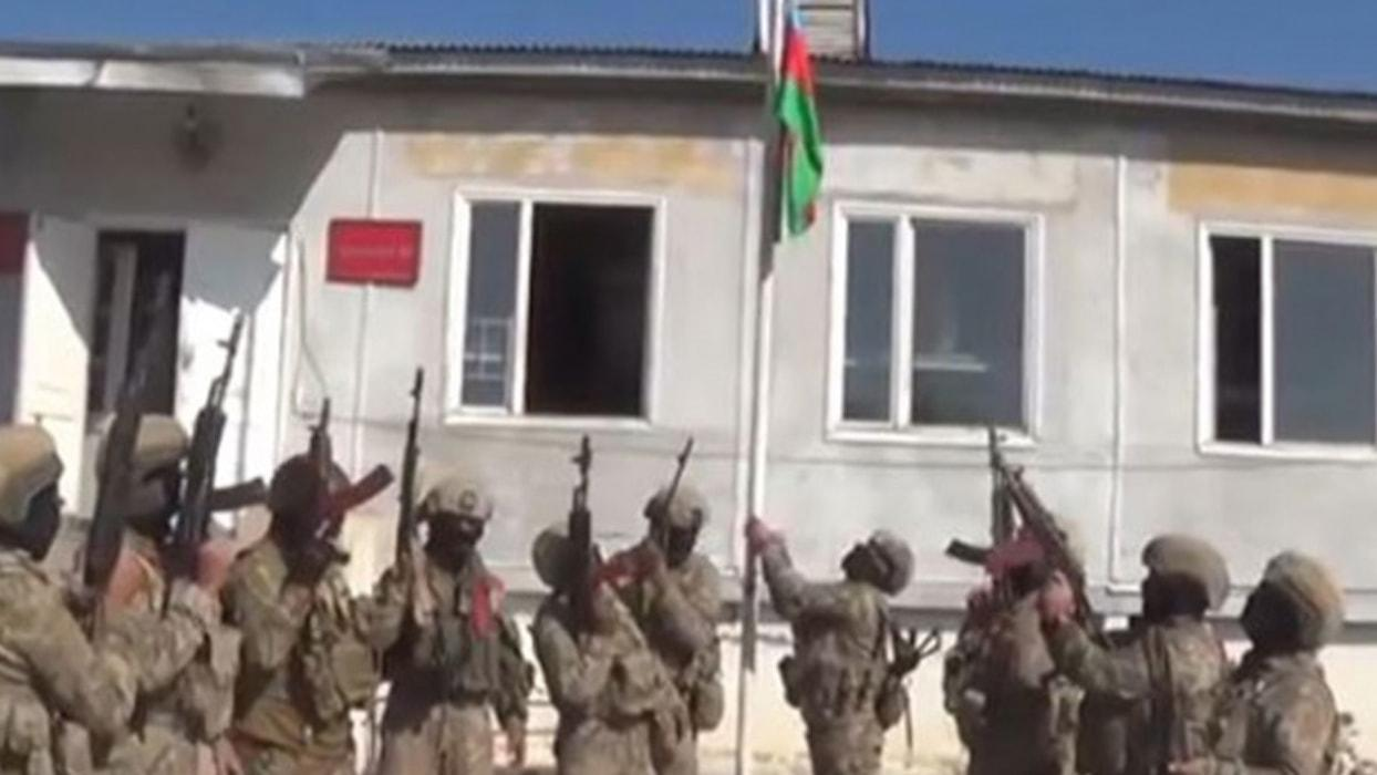 <p>Azerbaycan Savunma Bakanlığı, dün işgalden kurtarılan Fuzuli kentinin görüntülerini paylaştı.</p>