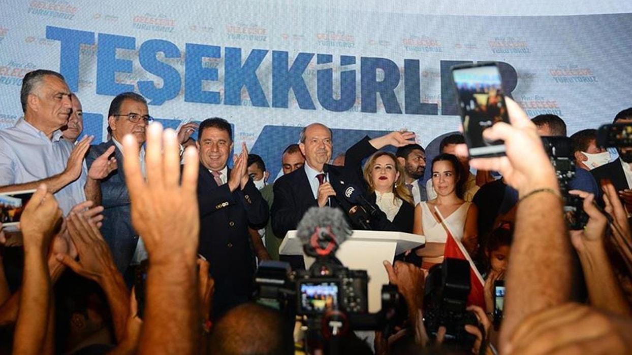 <p>KKTC Cumhurbaşkanı Tatar seçim sonrası yaptığı konuşmada Türkiye'ye teşekkür etti. Tatar 'Her zam