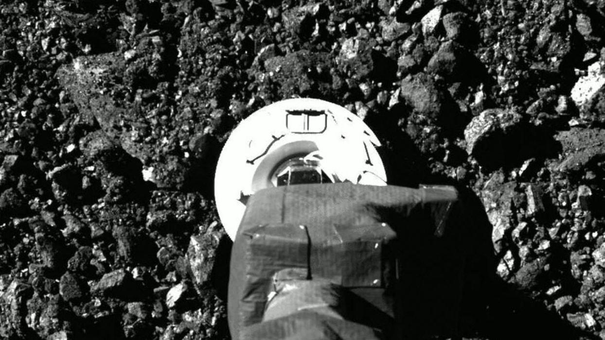 <p>NASA tarafından numune toplaması için Bennu göktaşına gönderilen OSIRIS-REx uzay aracının yeni gö