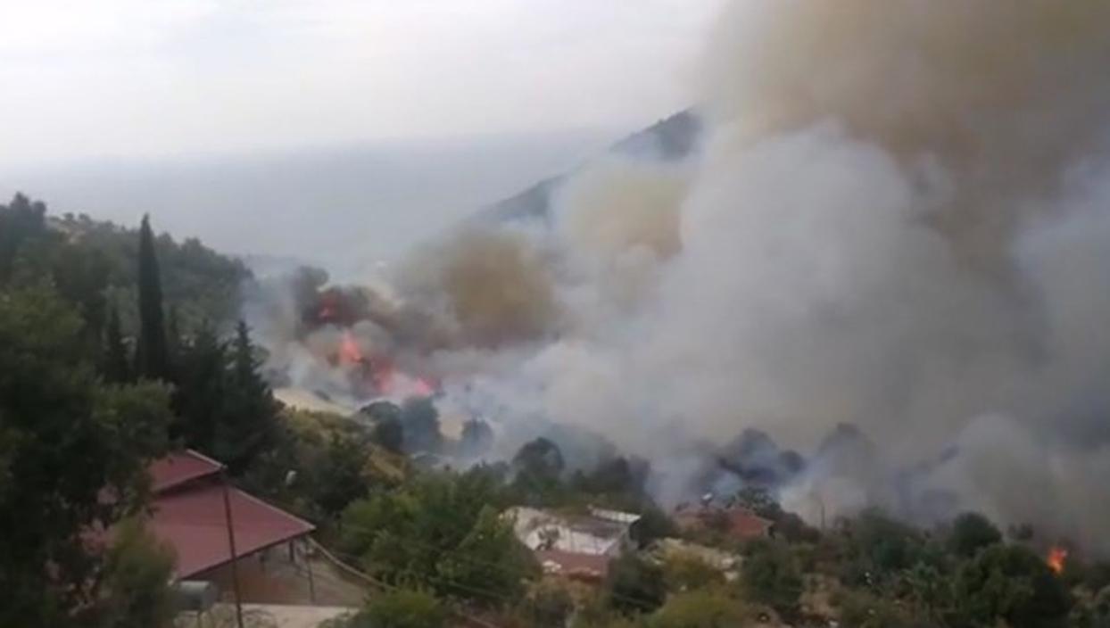 <p>Mersin Anamur'da ilçesindeki çıkan yangınla ilgili yapılan son dakika açıklamasına göre, 50 hane