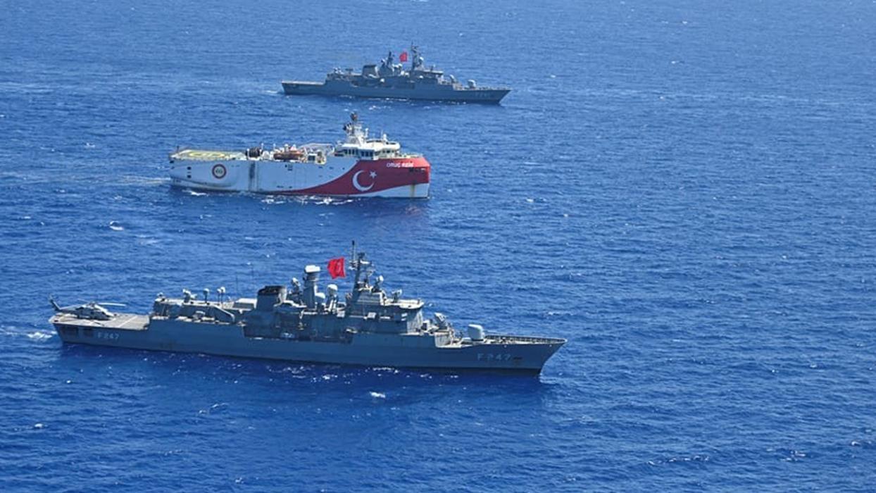 <p>Türk Silahlı Kuvvetleri (TSK) unsurları, refakat ve korumakla görevli oldukları Oruç Reis sismik