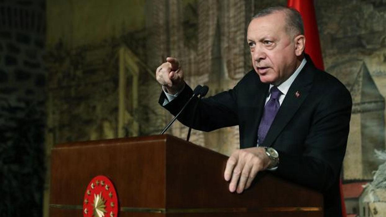 <h3>Başkan Erdoğan'dan 'Siber Vatan' mesajı</h3><h3>'DİJİTAL DÜNYADA...'</h3><p>Başkan Erdoğan, Resi