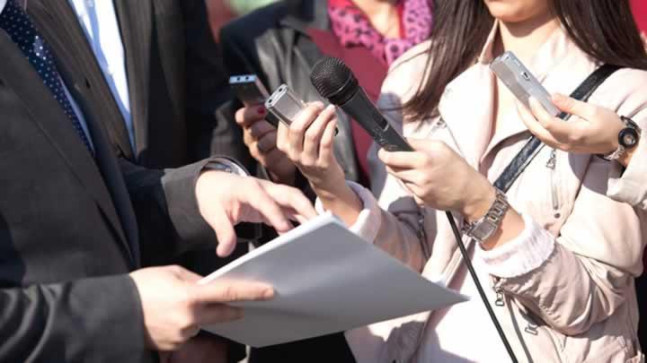 En işsiz mezunlar gazeteci ve sanatçılar