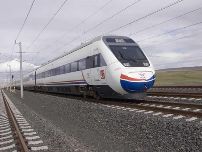 Antalya'ya hızlı tren için imza kampanyası başlatıldı!