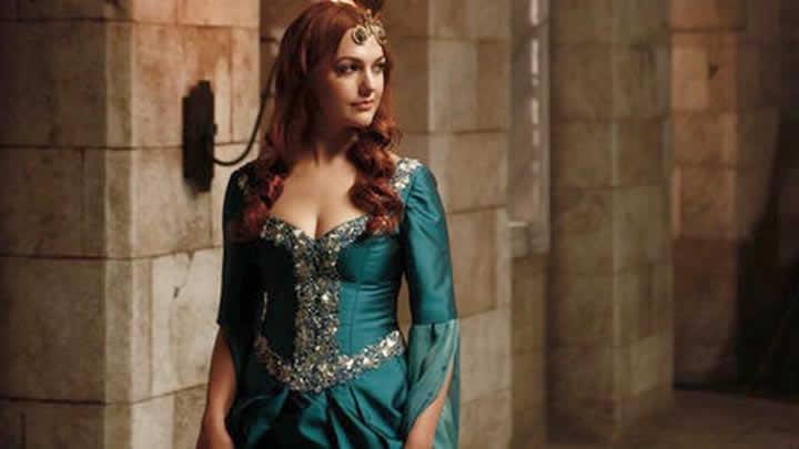 Meryem Uzerli (Hürrem Sultan), Türkiye'de kaç para kazandı?