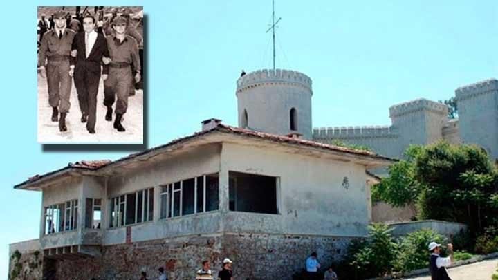 Yassıada 'Demokrasi ve Özgürlük Adası' oldu!