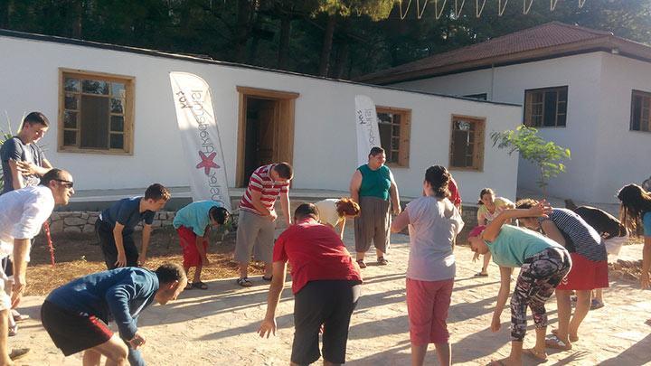 Sarıyer Rotary Kulübü'nden engelli çocuklara tatil
