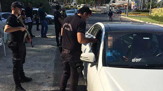 FETÖ'cü savcı 17 suçtan aranan sahte kimlikle yakalandı