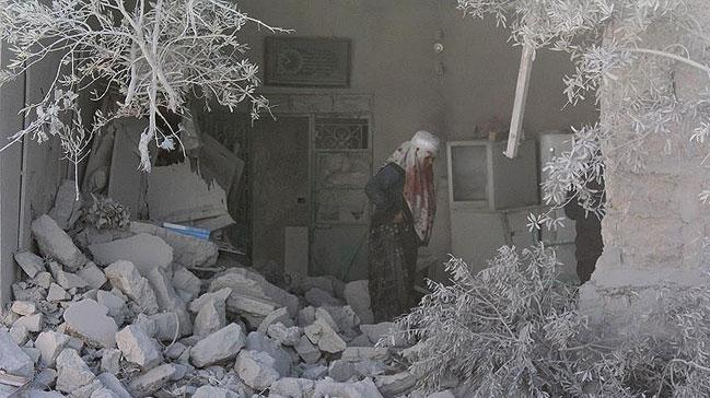 Esed askerleri tahliyenin ardından Halep'i yağmalıyor