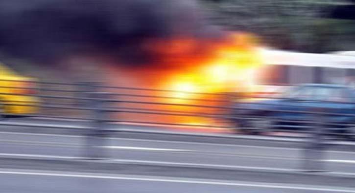 E-5'te seyir halindeki minibüs cayır cayır yandı
