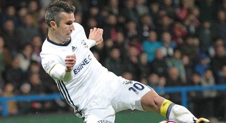 Paris Saint Germain'in hedefi Robin Van Persie