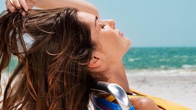 """Saçlarımızı güneşten nasıl koruruz"""""""