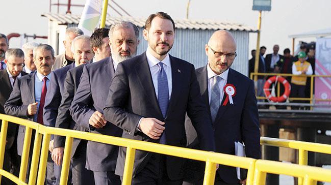 Dünyanın en büyük yüzer LNG terminali Türkiye'de