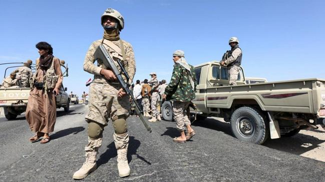 Yemen'de ordu güçleri Beyda kentinde bazı stratejik noktaları ele geçirdi