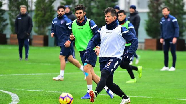 Medipol Başakşehir'de Göztepe maçının hazırlıkları sürüyor