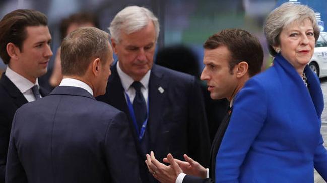 AB Konseyi Başkanı Tusk: AB liderleri Brexit anlaşmasını onayladı