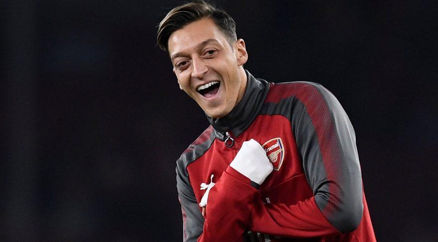 Arsenal Mesut Özil ile yollarını ayırıyor! Fenerbahçe devreye girdi