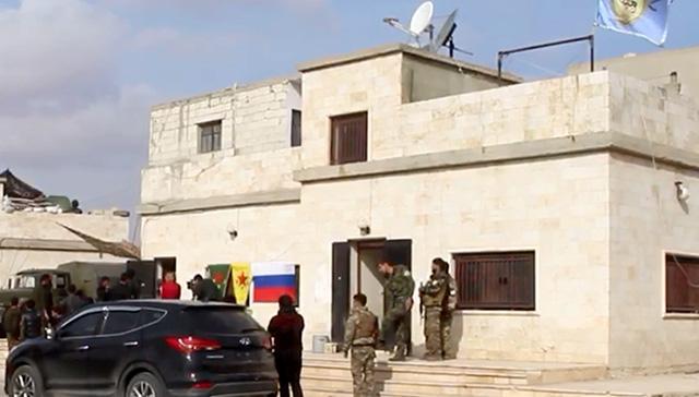 Rusya, YPG/PKK işgalindeki Münbiç bölgesi çevresinde bağımsız  devriyelere devam ediyor